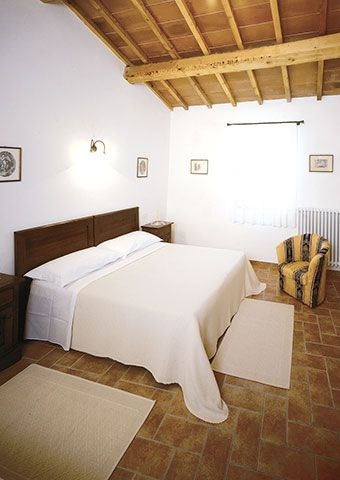 Apartments holidays houses umbria italy. Offers package holidays in Umbria